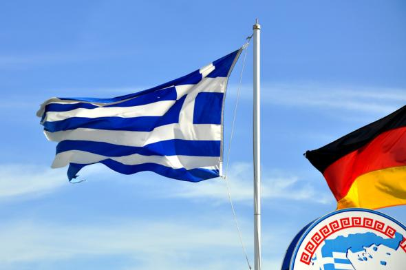 Deutsche Firmen investieren in die Wirtschaft von Griechenland.