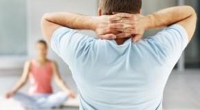 Yoga unterstützt den Entgiftungsprozess bei einer Fastenkur