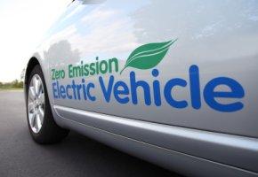 Zero-Emisionen:  Ein Fahrzeug mit Elektroantrieb