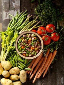 Zutaten für eine Gemüsesuppe